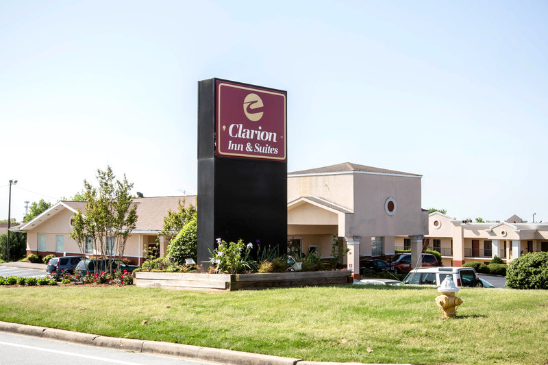 QUALITY INN AND SUITES HAYWOOD