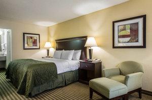 Room - Clarion Inn & Suites Greenville