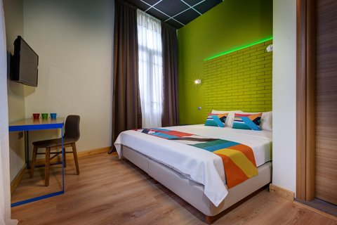 Colors Central Ladadika - Guest room