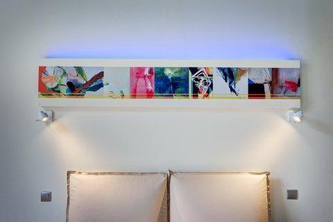Colors Central Ladadika - Room detail