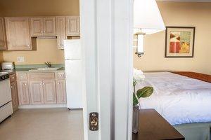 Room - Marinwood Inn & Suites Novato