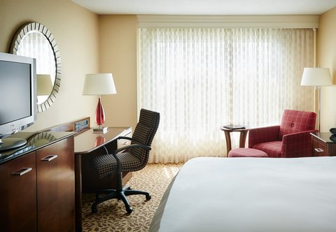 Des Moines Marriott Downtown - King Guest Room