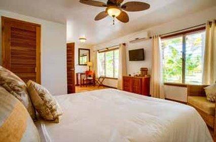 Hatchet Caye - Single Bedroom