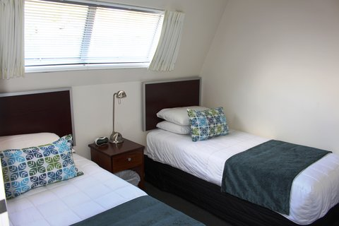 Best Western Barrycourt Suites - Hotel %26 Confere - Two Bedroom Standard with Balcony