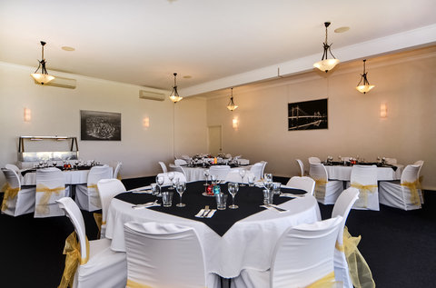 Comfort Inn & Suites Collie - Meeting Area