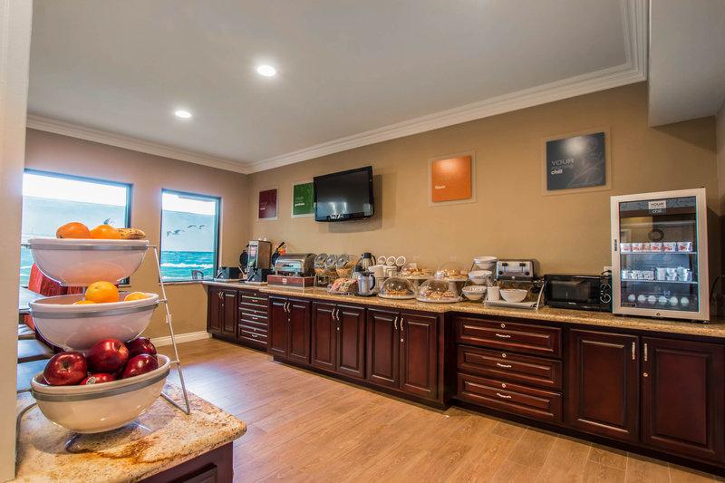 Comfort Suites - Huntington Beach, CA