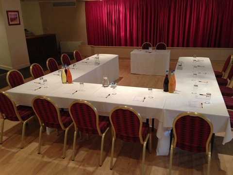 Ben Nevis Hotel and Leisure Club - Meeting room