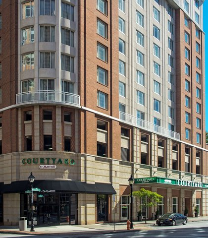 Courtyard By Marriott Downtown Baltimore Hotel - Exterior