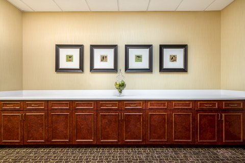 Holiday Inn Express ATLANTA AIRPORT-COLLEGE PARK - Pre-function Area