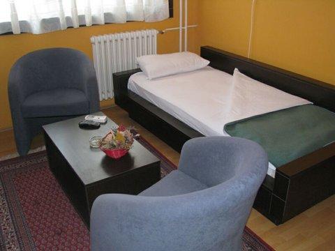Zeleznicar Konaciste Hotel - Guest room