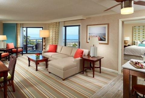 Hilton Oceanfront Resort Hilton Head Island - Luxury Oceanfront Suite Living Room