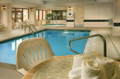 Hampton Inn Waco - Swimming Pool