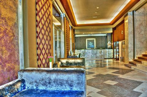 Jalta Hotel - Lobby