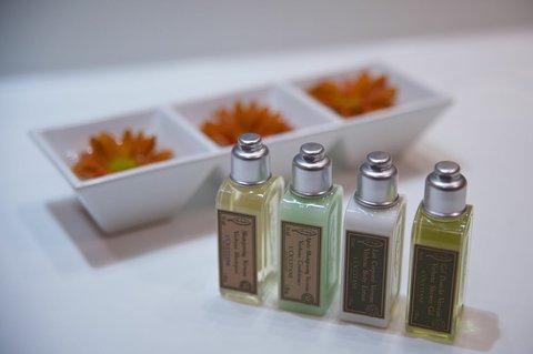 Jalta Hotel - L OCCITANE Cosmetics