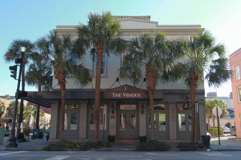 Vendue Inn - Exterior