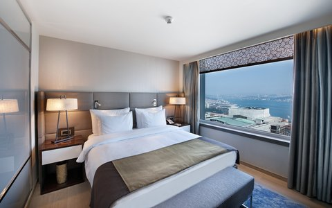 The Marmara Taksim - Bosphorus Suite at The Marmara Taksim