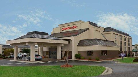 Hampton Inn Fayetteville - Cross Creek Mall - Hotel Exterior