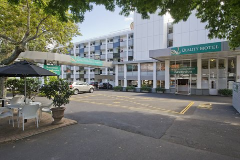 Best Western Barrycourt Suites - Hotel %26 Confere - North Wing and Reception