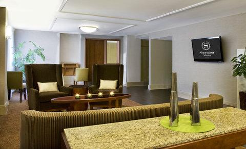 Sheraton Atlanta Hotel - Club Lounge Living Room