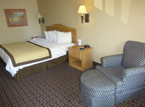 Baymont Inn & Suites Birmingham/Vestavia - Business King