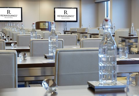 Renaissance Dallas Hotel - Highland Meeting Room - Meeting Details