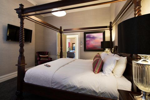 The Dudley Boutique Hotel - Deluxe King - Bedroom