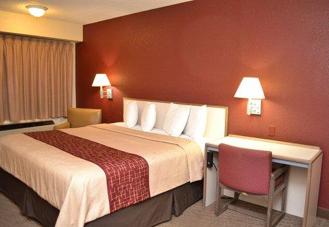 Red Roof Inn Benton Harbor St Joseph - King Room