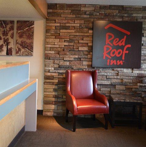 Red Roof Inn Benton Harbor St Joseph - Hotel Lobby