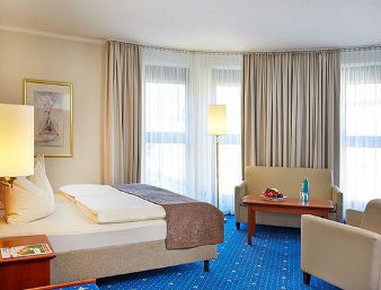 فندق رامادا هامبورغ بيرجيدورف - Deluxe King Bed Room