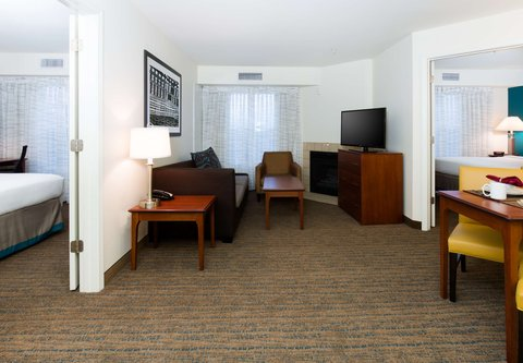 Residence Inn Baton Rouge Towne Center at Cedar Lodge - Two-Bedroom Suite