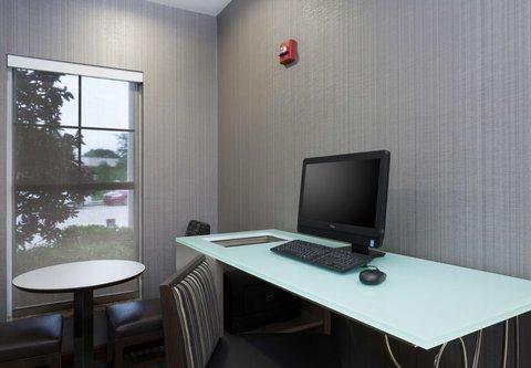 Residence Inn Baton Rouge Towne Center at Cedar Lodge - Business Center