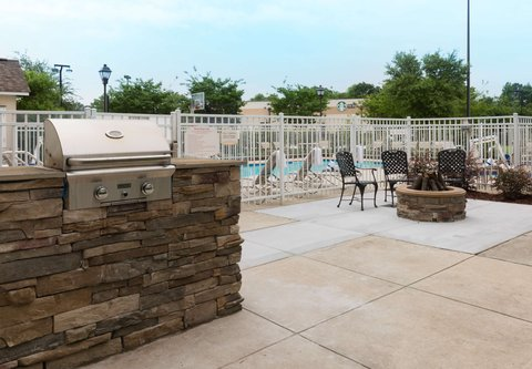 Residence Inn Baton Rouge Towne Center at Cedar Lodge - Outdoor Experience