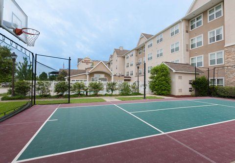 Residence Inn Baton Rouge Towne Center at Cedar Lodge - Sport Court