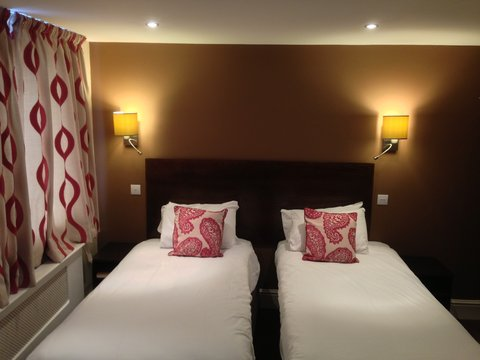 Great Barr Hotel - Standard Room twin beds