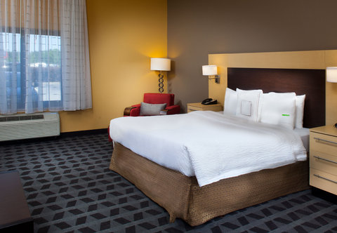 Towneplace Suites by Marriott Savannah Airport - Queen Studio Suite