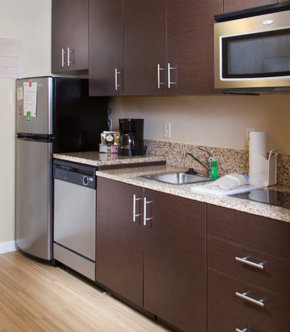 Towneplace Suites by Marriott Savannah Airport - ADA Suite Kitchen