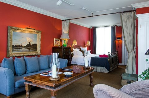 Hotel 717 - Tolkien