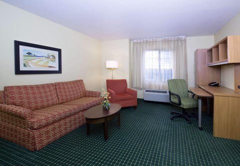 TownePlace Suites Boise Downtown - One-Bedroom Suite Living Area