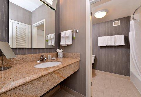 Courtyard Dallas LBJ at Josey - Guest Bathroom Vanity