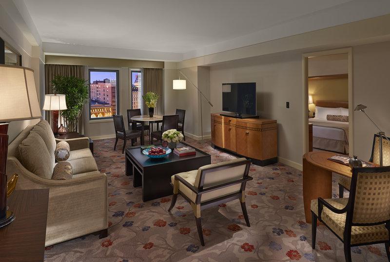 5 star hotel essay