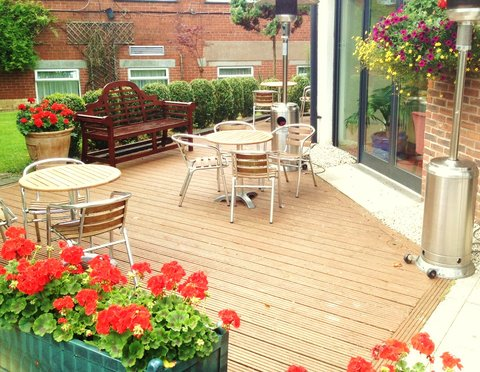 Great Barr Hotel - Exterior Seating Area