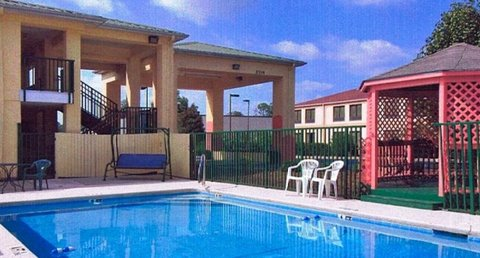Country Hearth Inn and Suites - Pool