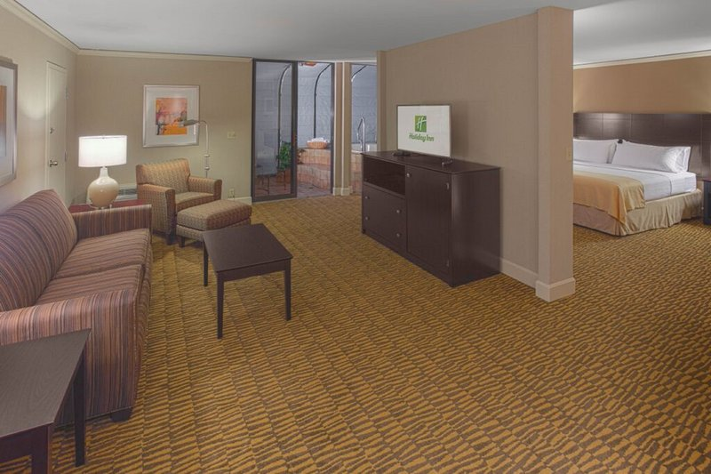Holiday Inn Executive Center-Columbia Mall - Columbia, MO