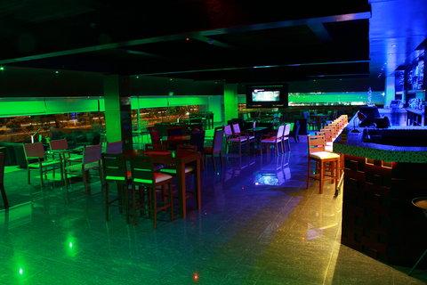 Holiday Inn QUERETARO ZONA KRYSTAL - Bar and Lounge