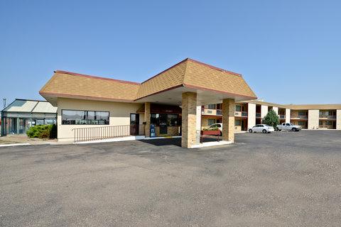 Americas Best Value Inn Goodland - Front Exterior