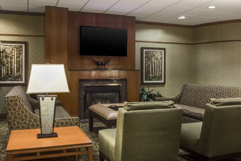 Holiday Inn Hotel & Suites DES MOINES-NORTHWEST - Lobby Lounge