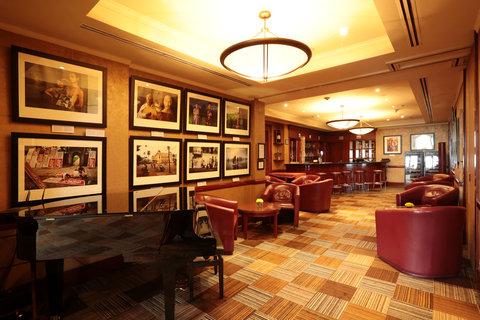 Caravelle Hotel - Martini Bar At CaravelleSaigon Ho Chi Minh