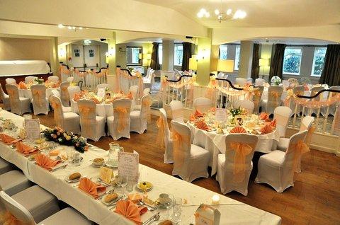 Great Barr Hotel - Wedding