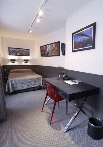 Hôtel de Paris - Guest  Room