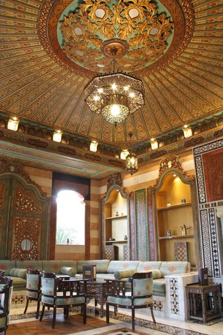 ريجنسي بالاس عمان - Oriental Shasha Lounge at Regency Palace Amman